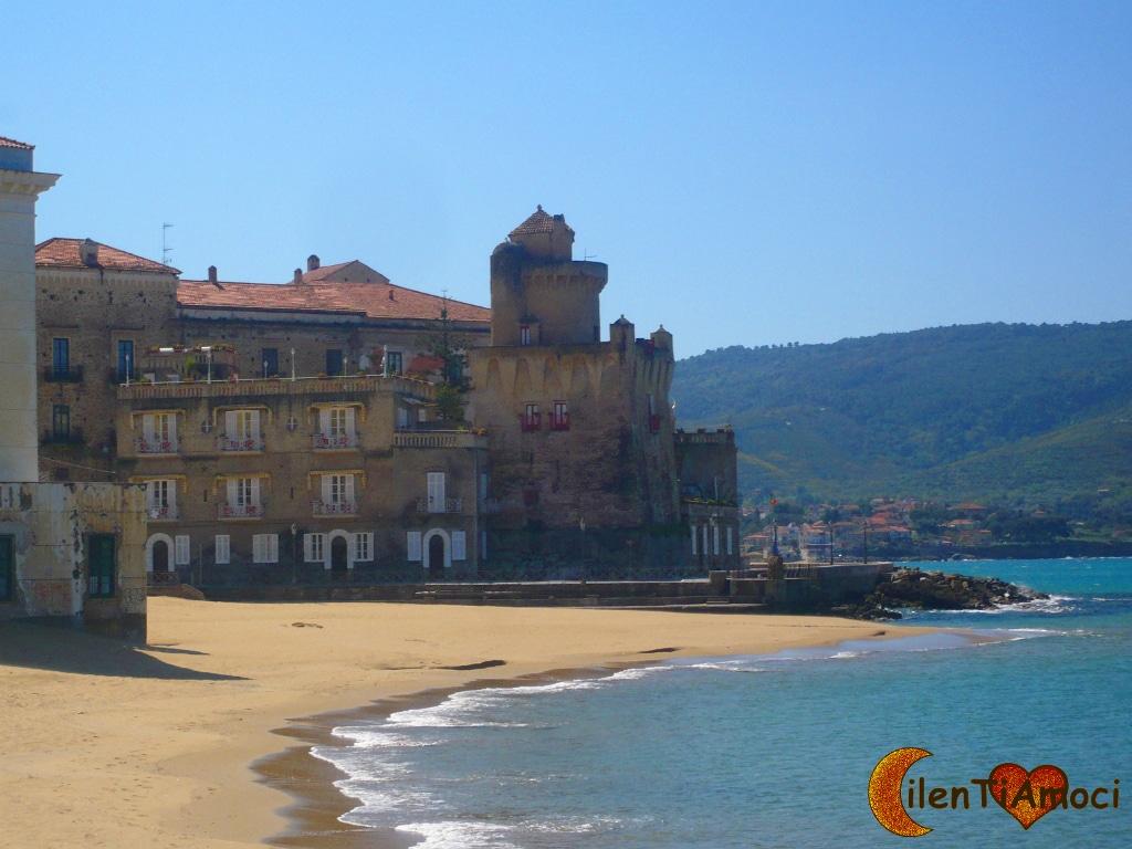 Marina Piccola e torre Perrotti, Santa Maria di Castellabate